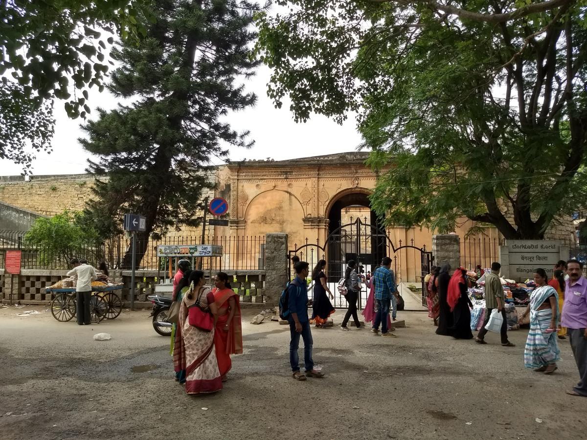 Bangalore Fort: Grand, but still undersiege